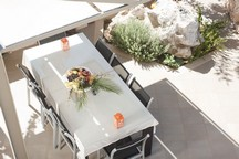 96_serenity_outdoor_dining_area2.jpg